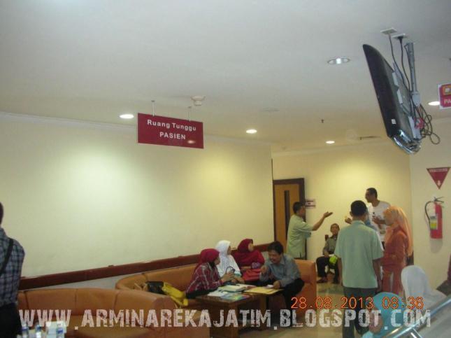 foto pemeriksaan kesehatan jamaah haji plus 2013 arminareka perdana 02 www.arminarekajatim.blogspot.com