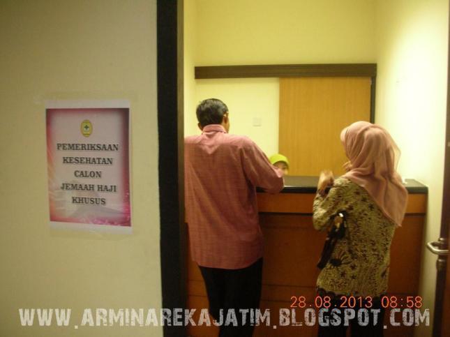 foto pemeriksaan kesehatan jamaah haji plus 2013 arminareka perdana 06 www.arminarekajatim.blogspot.com